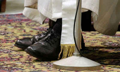popes shoes